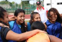 Girls United FA team work